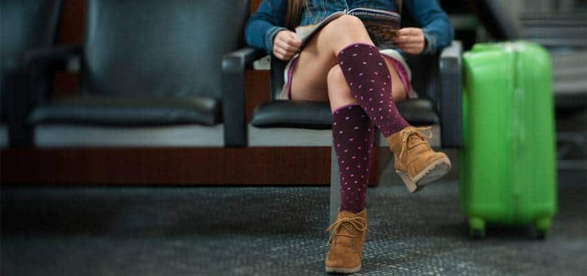 The Benefits of Wearing Compression Socks When You Fly