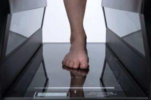 FitStation foot scanner  front abk9i6 3D Custom Orthotics for Flat Feet